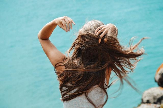 zdrowe kobiece włosy